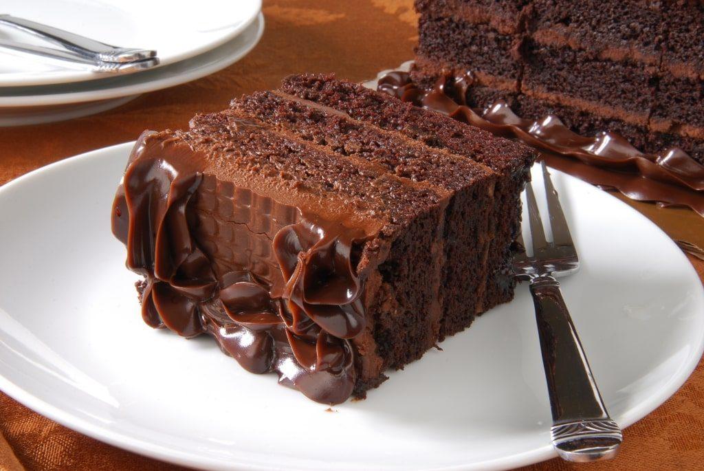 Gâteau au beurre d'amande et au chocolat noir d'Ezra Cohen Montréal